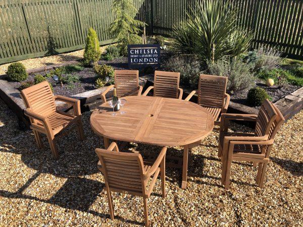teakextending table set